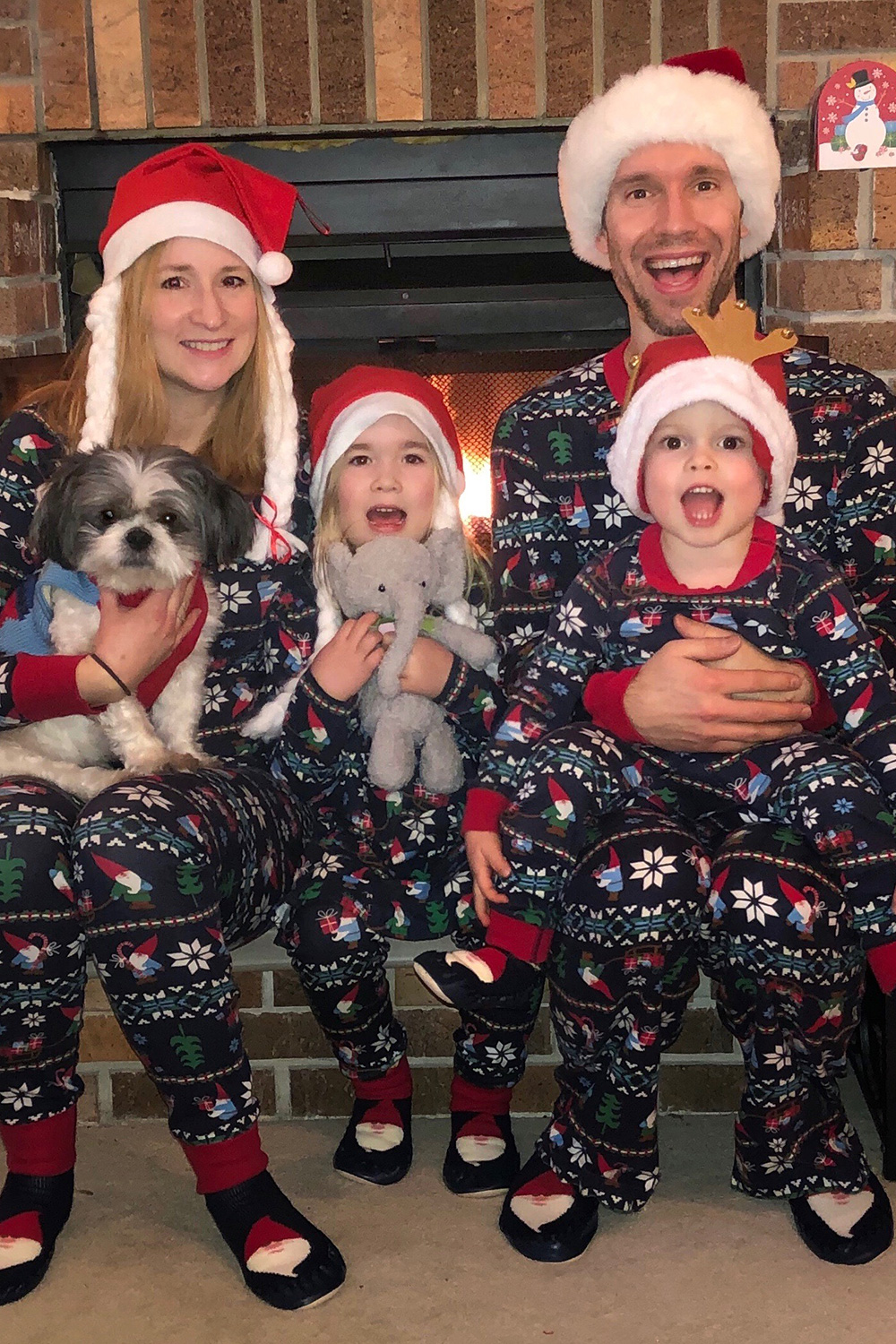 Holiday family photo - Five Tips for a (Still) Fun-Filled Holiday Season During the COVID-19 Pandemic